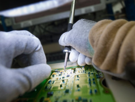 Electronic assembly and testing for aerospace, aeronautics, defence and security